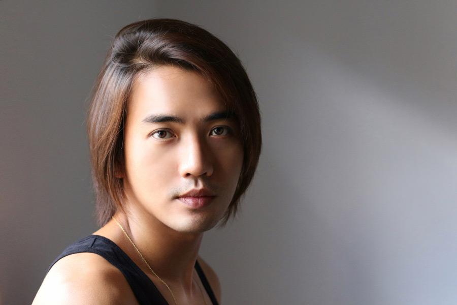 フリー写真 アジア人男性のポートレイト