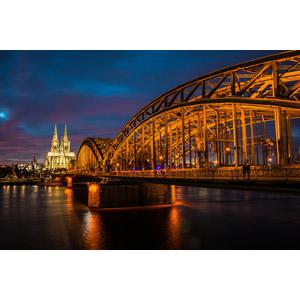 フリー写真, 風景, 建造物, 建築物, 橋, ホーエンツォレルン橋, 河川, ライン川, 教会(聖堂), ケルン大聖堂, ドイツの風景, 夜景, 夜