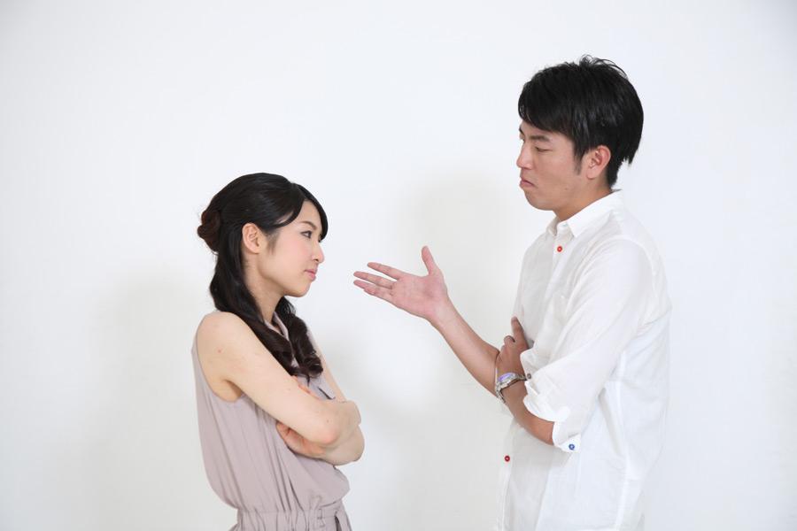 フリー写真 口論しているカップル