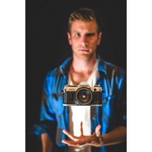 フリー写真, 人物, 男性, 外国人男性, カメラ, 一眼レフカメラ, キャノン