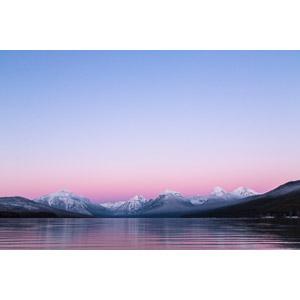 フリー写真, 風景, 自然, 山, 湖, 夕暮れ(夕方), モンタナ州, アメリカの風景, マクドナルド湖, ロッキー山脈