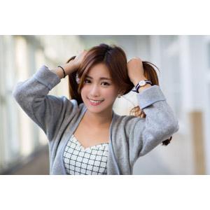 フリー写真, 人物, 女性, アジア人女性, 楚珊(00053), 中国人, ツインテール, 髪の毛を触る