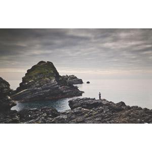 フリー写真, 風景, 岩, 海岸, 海, 人と風景, 魚釣り(フィッシング), スペインの風景