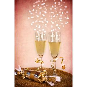 フリー写真, 年中行事, 1月, ハッピーニューイヤー, 飲み物(飲料), お酒, シャンパン, シャンパングラス