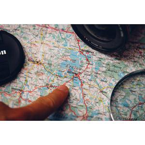 フリー写真, 人体, 指, 地図, カメラ, 旅行(トラベル)