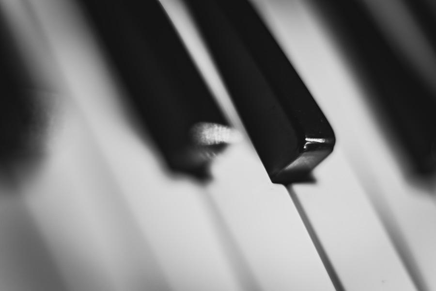フリー写真 ピアノの鍵盤
