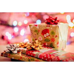 フリー写真, 年中行事, クリスマス, 12月, プレゼント, クリスマスプレゼント, 花リボン, 玉ボケ