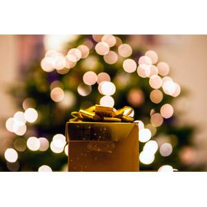 フリー写真, 年中行事, クリスマス, 12月, クリスマスプレゼント, プレゼント, 玉ボケ
