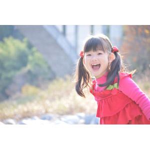 フリー写真, 人物, 子供, 女の子, アジアの女の子, 日本人, 女の子(00035), ツインテール, 笑う(笑顔)