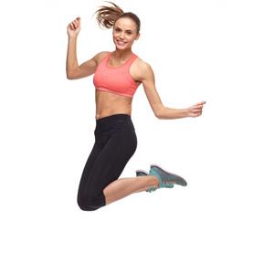フリー写真, 人物, 女性, 外国人女性, 女性(00100), 運動, フィジカルトレーニング, ミニタンクトップ, スパッツ, 跳ぶ(ジャンプ), 白背景