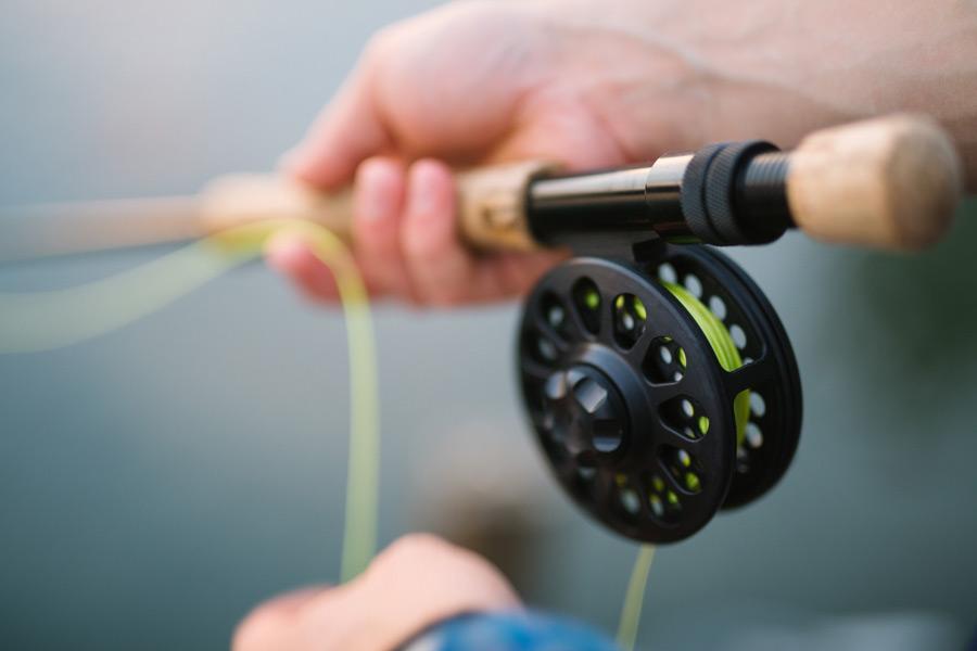 フリー写真 釣り竿とリール