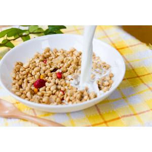 フリー写真, 食べ物(食料), 朝食, シリアル食品, 牛乳(ミルク)