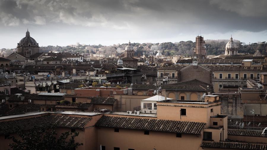 フリー写真 ローマ市内の街並み