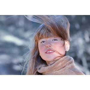 フリー写真, 人物, 子供, 女の子, 外国の女の子, 女の子(00034), 髪がなびく