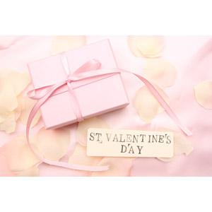 フリー写真, 年中行事, 2月, バレンタインデー, 花びら, プレゼント