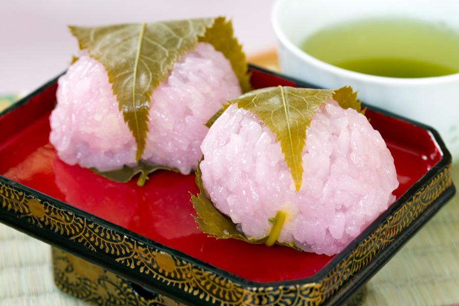 フリー写真 桜餅とお茶