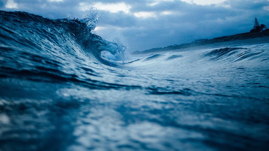 フリー写真 ニュージーランドの波の風景