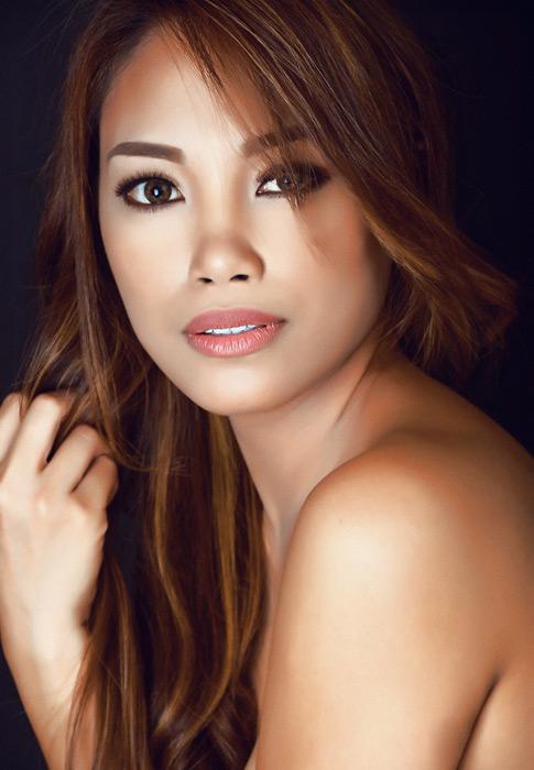 フリー写真 フィリピン人女性の美容イメージ