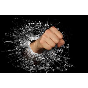 フリー写真, 人体, 手, 殴る(パンチ), ガラス, 破壊, 暴力, ひび割れ