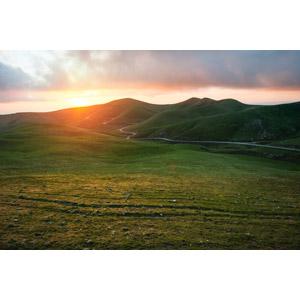 フリー写真, 風景, 丘, 夕暮れ(夕方), 夕焼け, 夕日