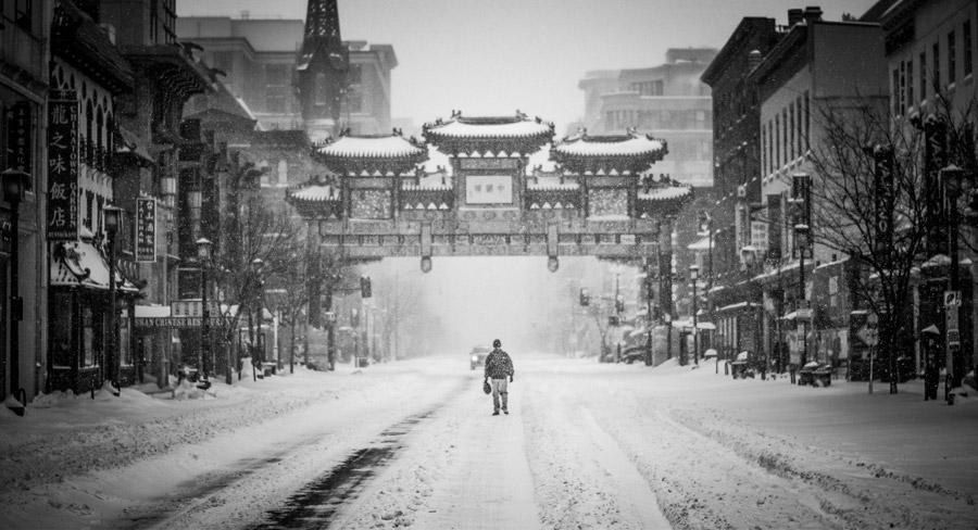 フリー写真 雪の日のチャイナタウンの風景