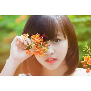 フリー写真, 人物, 女性, アジア人女性, ベトナム人, 人と花, 顔
