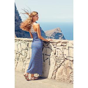 フリー写真, 人物, 女性, 外国人女性, 人と風景, 横顔, ワンピース, 髪がなびく, 海, 眺める