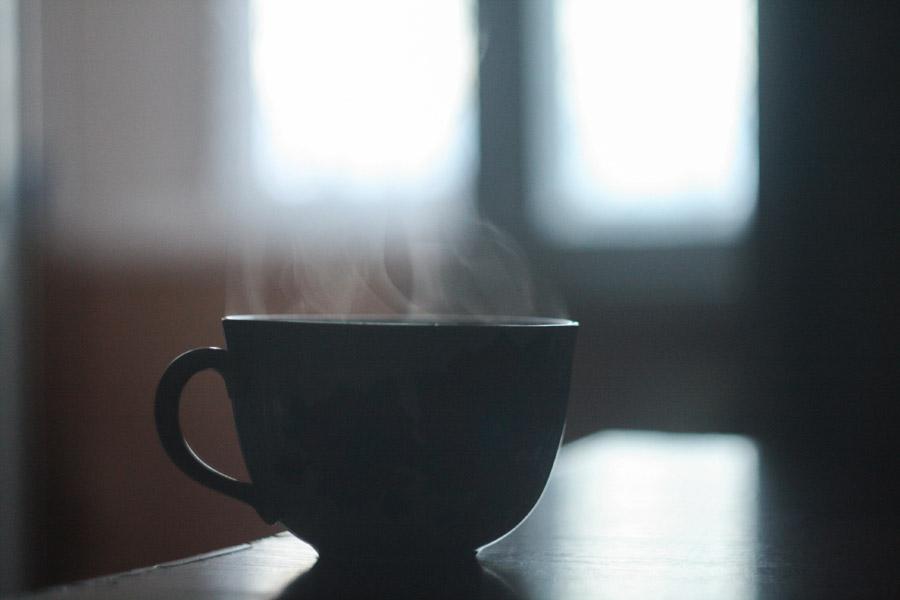 フリー写真 コーヒーカップから出る湯気