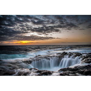 フリー写真, 風景, 自然, 夕暮れ(夕方), 夕焼け, 海, 海岸, 岩, スペインの風景