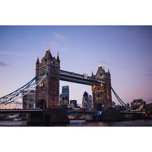 フリー写真, 風景, 建造物, 建築物, 橋, タワーブリッジ, イギリスの風景, ロンドン, テムズ川, 夕暮れ(夕方)