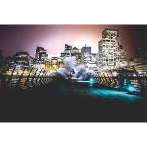 フリー写真, 風景, 建造物, 建築物, 高層ビル, 都市, 街並み(町並み), 夜, 夜景, 橋, 人と風景, フード, 煙(スモーク)