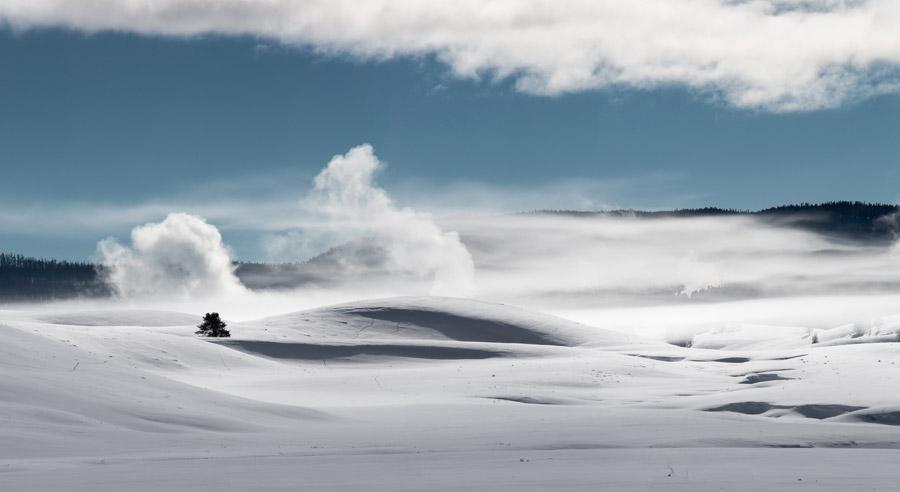 フリー写真 雪に覆われたヘイデン・バレーの風景