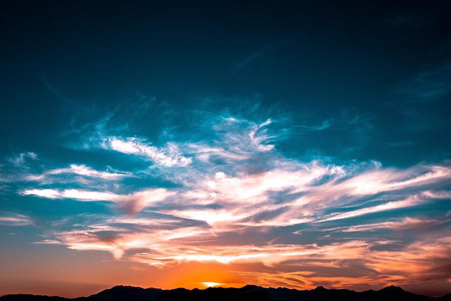 フリー写真 夕空と雲の風景