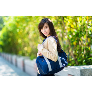 フリー写真, 人物, 少女, アジアの少女, 中国人, 女性(00160), 学生(生徒), 学生服, 高校生, スクールカーディガン, 通学鞄