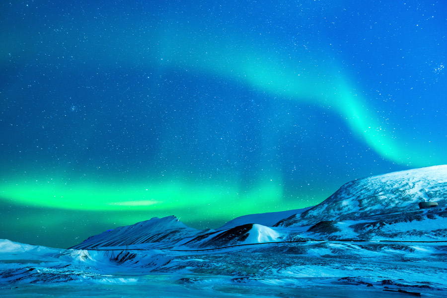 フリー写真 アラスカ州に出るオーロラの風景