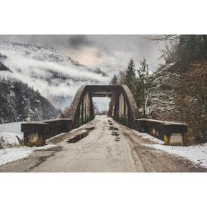 フリー写真, 風景, 建造物, 橋, 道路, 雪, 冬, 山, 雲, イタリアの風景