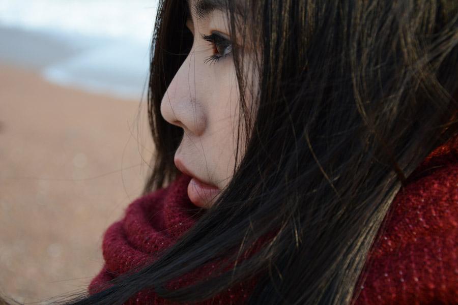 フリー写真 アジア人女性の横顔