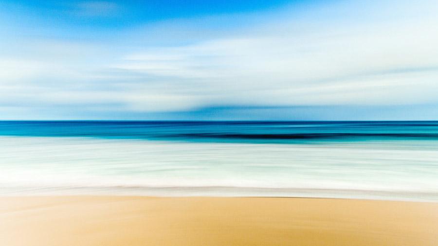 フリー写真 波打ち際の風景