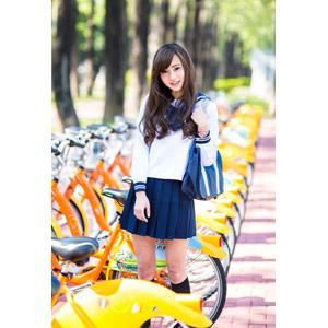 フリー写真, 人物, 少女, アジアの少女, 中国人, 女性(00160), 学生(生徒), 学生服, 高校生, 通学鞄