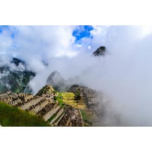 フリー写真, 風景, 建造物, 建築物, 遺跡, マチュ・ピチュ, 雲, ペルーの風景, 世界遺産