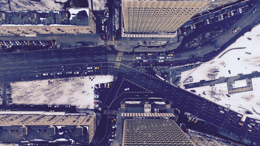 フリー写真 上から見下ろすモスクワの街並みと道路の風景
