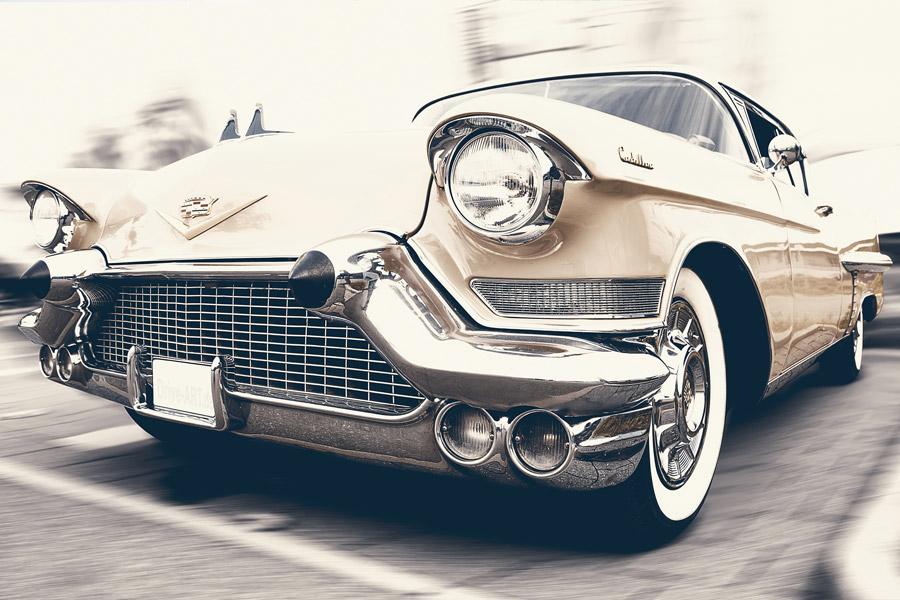 フリー写真 1957年式キャデラック