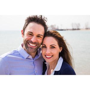 フリー写真, 人物, カップル, 夫婦, 笑う(笑顔), 寄り添う, 二人, アメリカ人