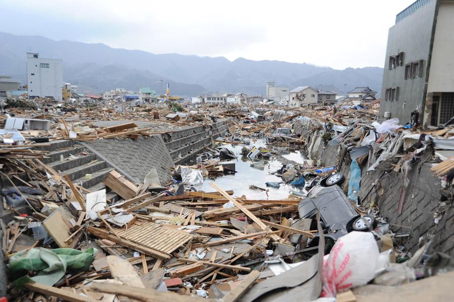 フリー写真 東日本大震災の被害を受けた岩手県大船渡市