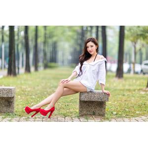 フリー写真, 人物, 女性, アジア人女性, 中国人, 女性(00174), ブラウス, ハイヒール, パンプス