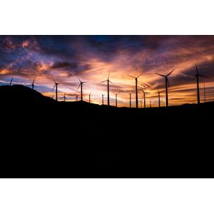 フリー写真, 風景, 機械, 風力発電機, 再生可能エネルギー, 発電, 夕暮れ(夕方), 夕焼け