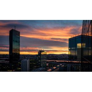 フリー写真, 風景, 建造物, 建築物, 高層ビル, 都市, 街並み(町並み), 夕暮れ(夕方), 夕焼け, オーストリアの風景, ウィーン