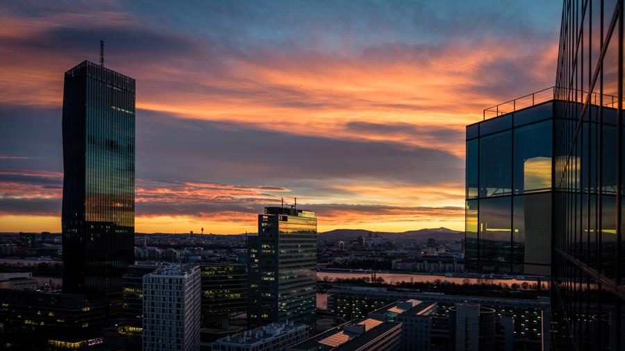 フリー写真 夕暮れのウィーンの都市の風景