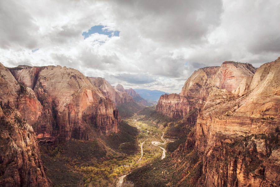 フリー写真 ザイオン国立公園の渓谷風景