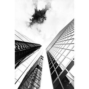 フリー写真, 風景, 建造物, 建築物, 高層ビル, 雲, モノクロ, イギリスの風景, ロンドン